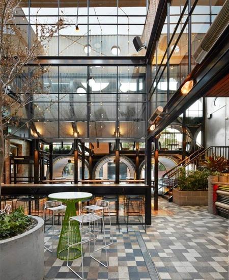 использование железобетонных труб для строительства и декора общественного здания