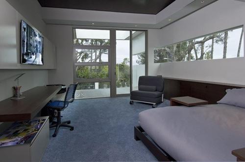 гостевая спальня с рабочей зоной