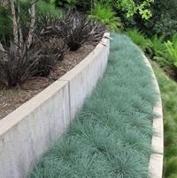сборно-монолитная подпорная стена из бетонных блоков