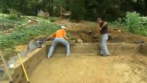 строительство 4 ряда подпорной стены из горизонтального бруса своими руками