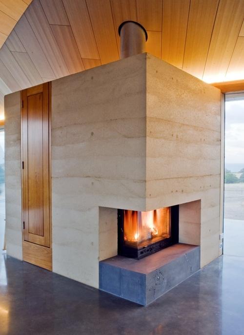 бетонный камин в частном доме