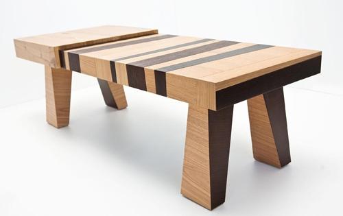 необычный стол из отходов дуба и венге