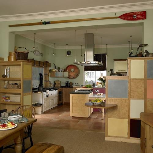 оригинальная кухня в частном доме