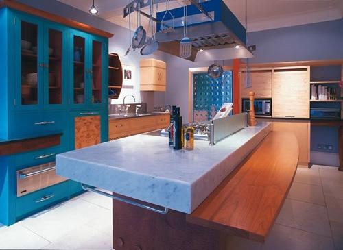 оригинальная мебель для кухни по индивидаульному дизайну