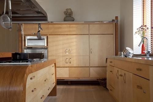 мягкий контраст кухонных фасадов