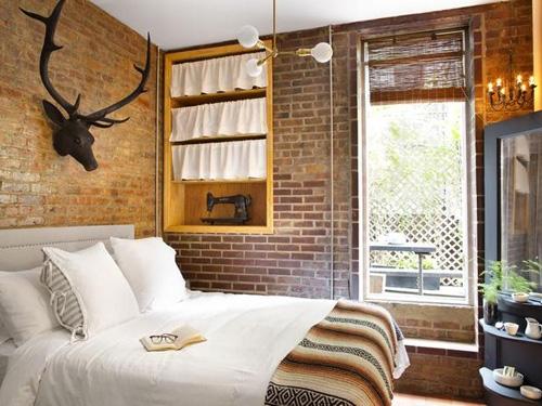 городская спальня в стиле охотничьего домика