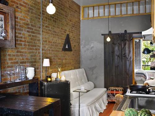открытая гостиная в деревенском стиле