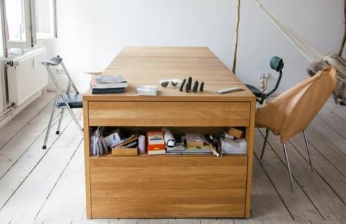 трансформер в виде письменного стола