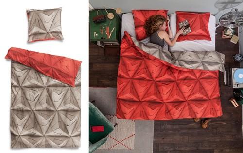 графический 3D принт на пододеяльнике и подушках