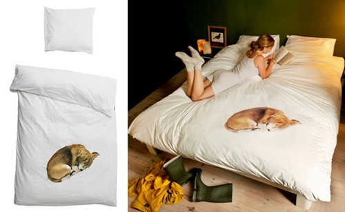 иллюзия спящей собаки на пододеяльнике