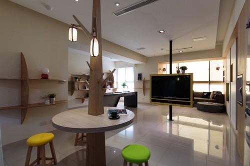дизайн комнаты с телевизором в центре