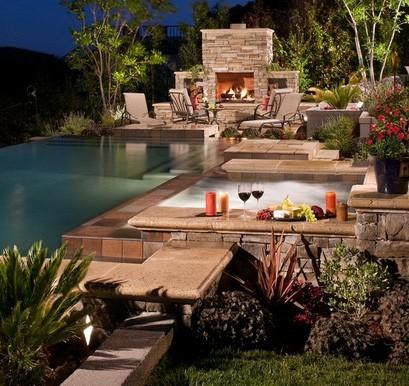 многофункциональная зона отдыха на заднем дворе дома