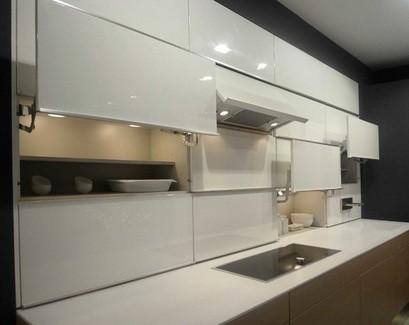 оригинальные подъемные двери для кухонных шкафов