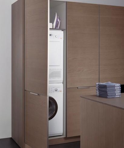 хранения стиральной машины в кухонном шкафу
