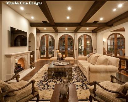 деревянная мебель в гостиной традиционного стиля