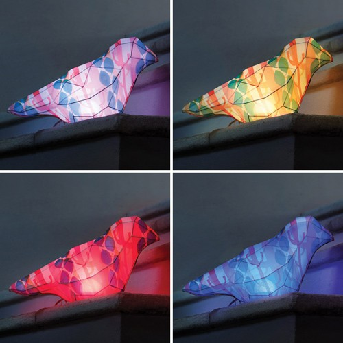 изменения цвета светодиодов в настольном светильнике