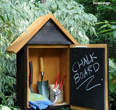 короб для хранения мелких инструментов в саду