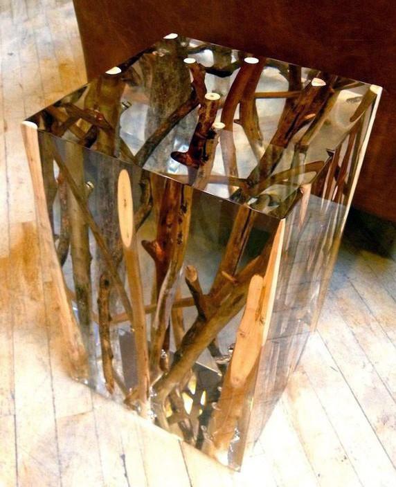 ветви внутри замкнутого корпуса стола