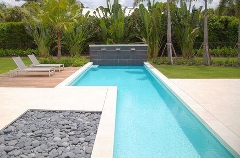 узкий бассейн с участком двойной ширины