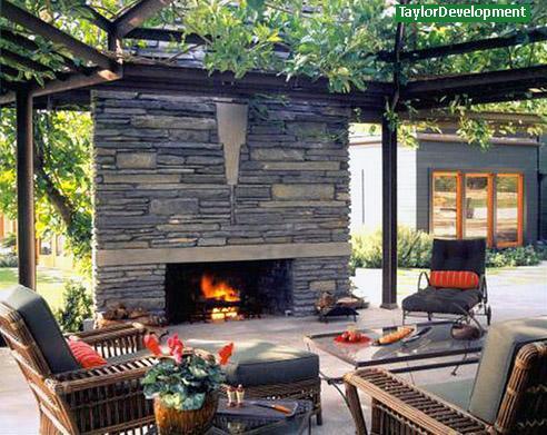 дровяной камин современного стиля