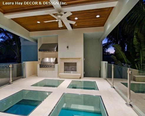 бетонный пол с прозрачными вставками