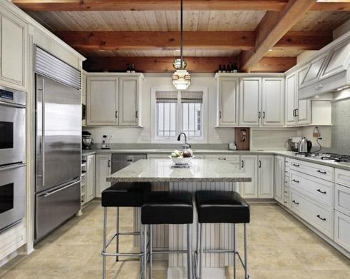 фото кухни с центральной симметрией