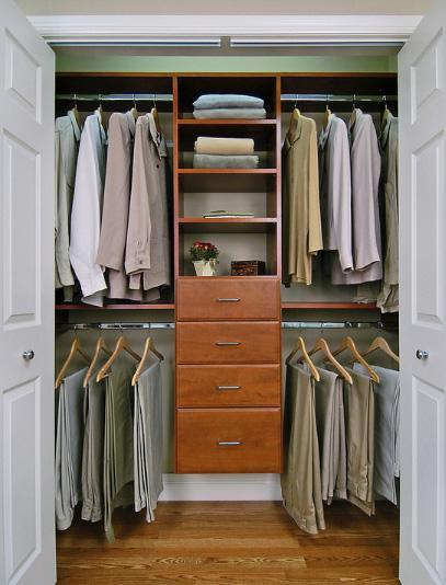 встроенный гардероб в нише