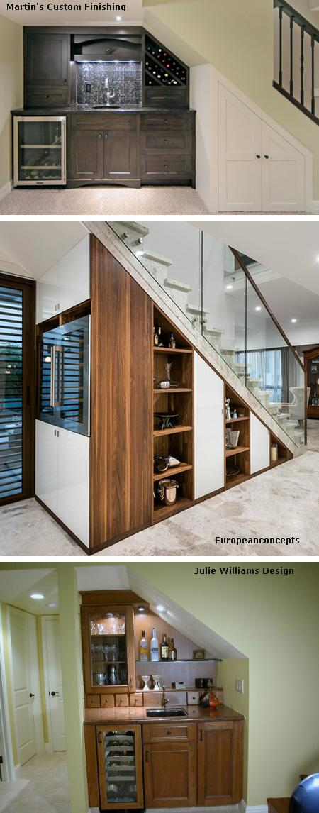 бар с холодильником под лестницей