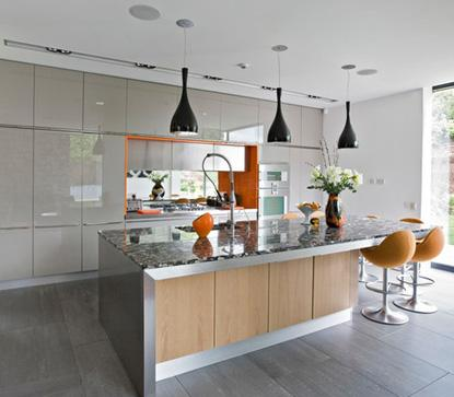 освещение кухни спотами