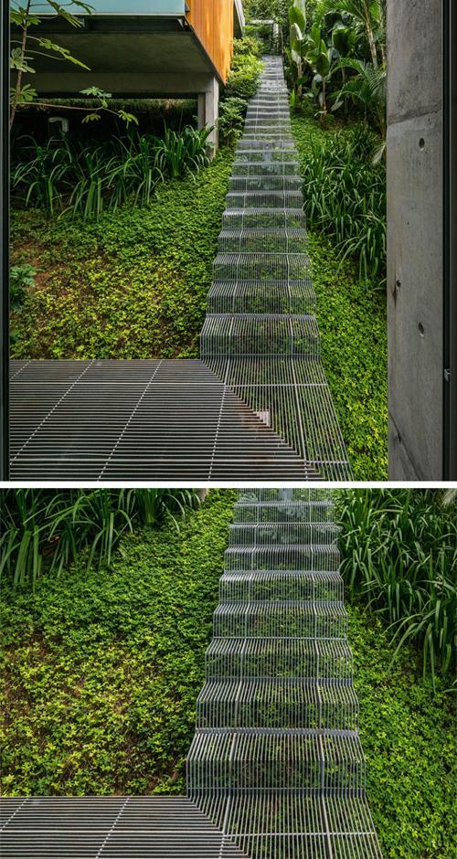 стальная садовая лестница и дорожки